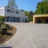 Betonsteinpflaster-Zufahrt
